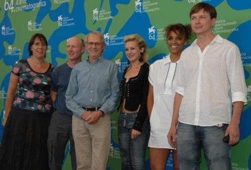 Rebecca O'Brien, Paul Laverty, Ken Loach, Kierston Wareing, Juliet Ellis and Leslaw Zurek at the Venice Film Festival 2007