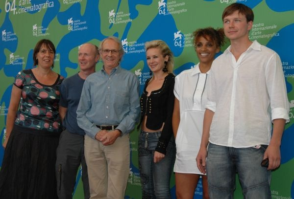 Rebecca O'Brien, Paul Laverty, Ken Loach, Kierston Wareing, Juliet Ellis and Leslaw Zurek at the Venice Film Festival 2007